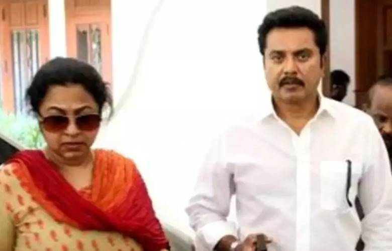 One year Jail for actor Sarathkumar and Radikha in cheque bounce case