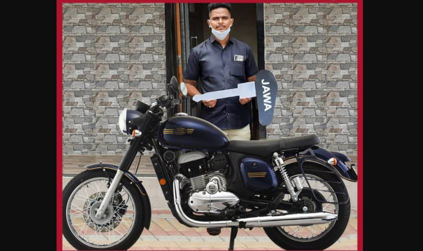 Railway Hero Mayur Shelke gifted a new Jawa 42 Bullet by bike company